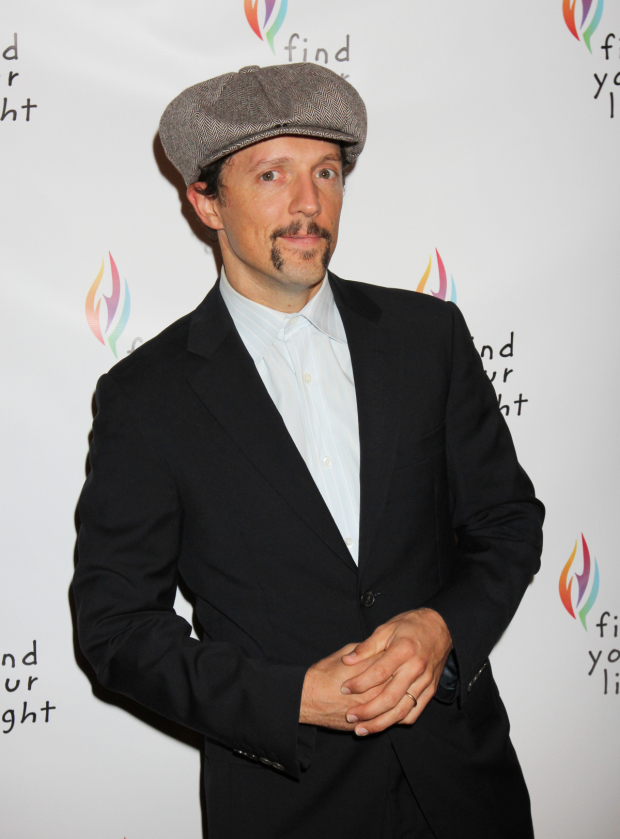 <p>Singer-songwriter Jason Mraz made an appearance.</p><br />(© Henry McGee)