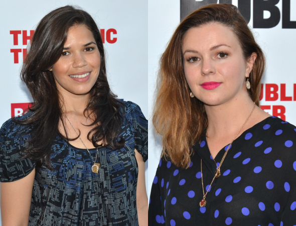 <p><em>Sisterhood of the Traveling Pants</em> besties America Ferrera and Amber Tamblyn attend the show together.</p><br />(© David Gordon)