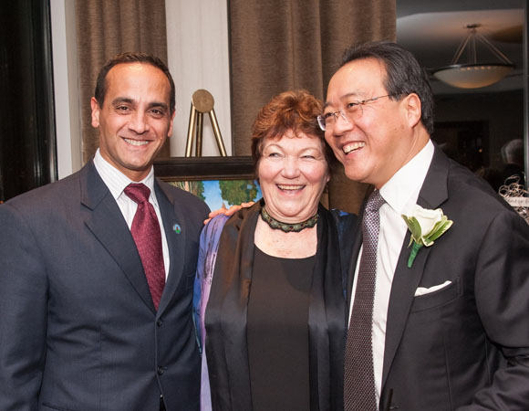 <p>Somerville Mayor Joseph A. Curtatone, Tina Packer, and Yo-Yo Ma enjoy the evening.</p><br />(© Stratton McCrady)
