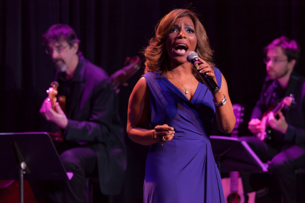 <p>Original <em>Wiz</em> star Stephanie Mills treated the audience to the song &quot&#x3B;Home&quot&#x3B;.</p><br />(© Seth Walters)