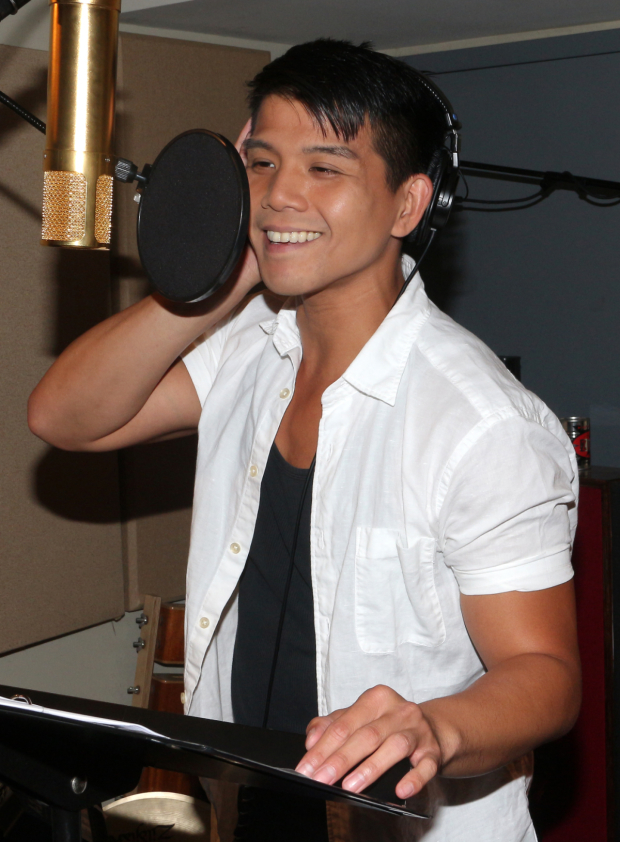 <p>Telly Leung heads into the recording studio to lay down tracks for his new album, <em>Songs For You</em>.</p><br />(© David Gordon)