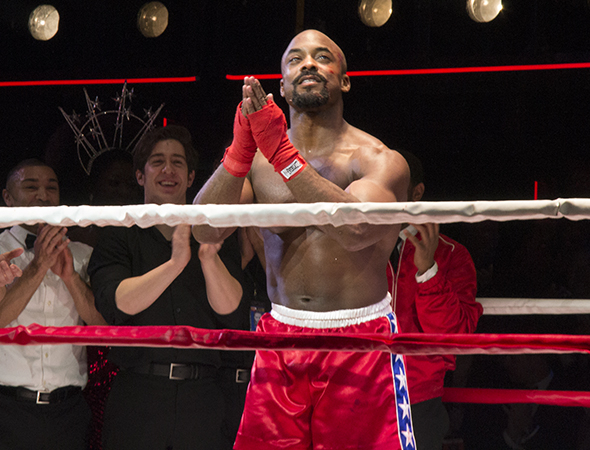 <p>Terence Archie (Apollo Creed) is proud of his work.</p><br />(© David Gordon)