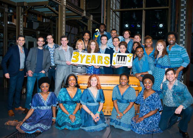 <p>The cast of <em>Beautiful</em> marks its 3rd anniversary with a festive cake.</p><br />(© Allison Stock)