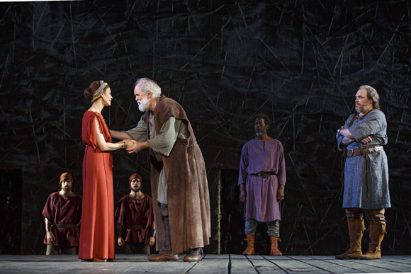 <p>The cast of The Public Theater&#39&#x3B;s free Shakespeare in the Park production of <em>King Lear</em> on the Delacorte stage.</p><br />(© Joan Marcus)