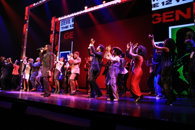 <p>The cast sings one final song on opening night. </p><br />(© Tricia Baron)