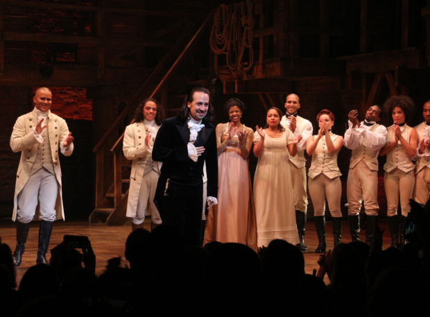 <p>The crowd goes wild for Miranda one last time.</p><br />(© David Gordon)