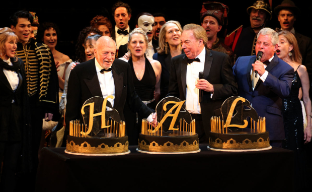 <p>The family of <em>Phantom</em> toast director Hal Prince upon his 90th birthday (which is January 30).</p><br />(© David Gordon)