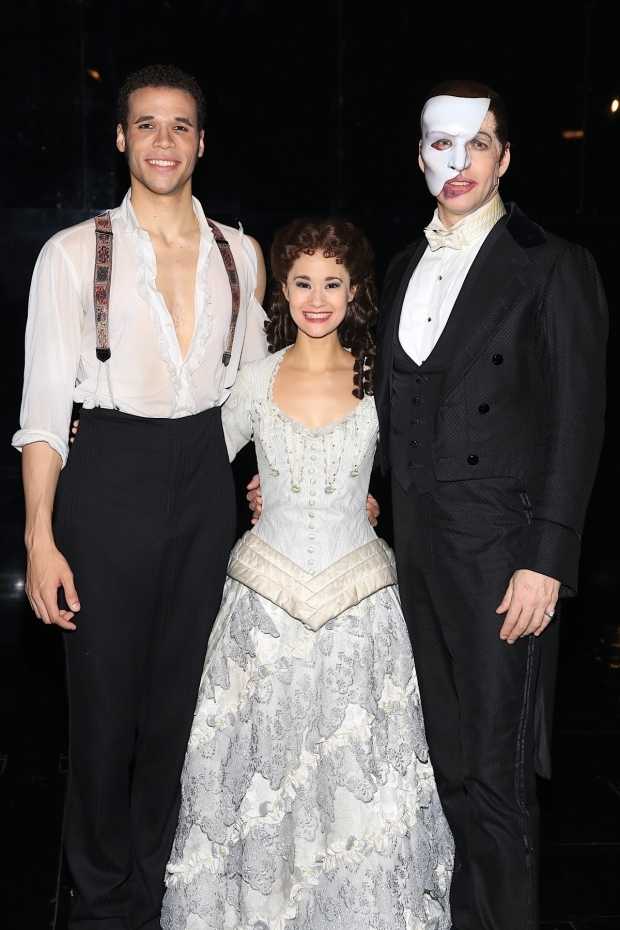 <p><em>The Phantom of the Opera</em>&#39&#x3B;s principal cast pose for a photo.</p><br />(© Tricia Baron)