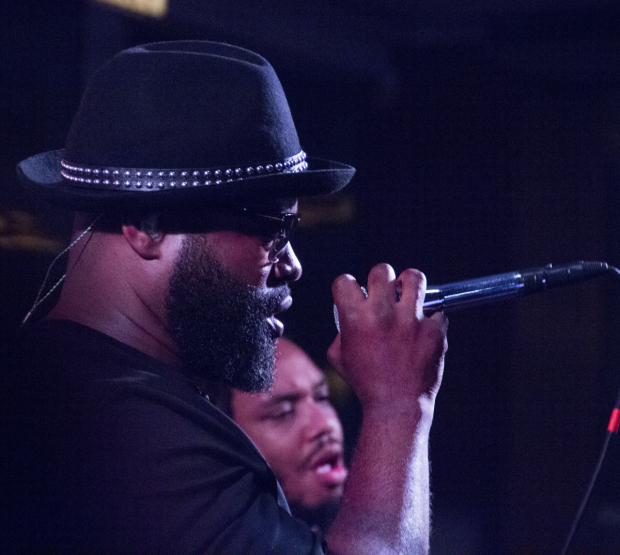 <p>The Roots member Black Thought gets the crowd going for an hour-long set.</p><br />(© David Gordon)