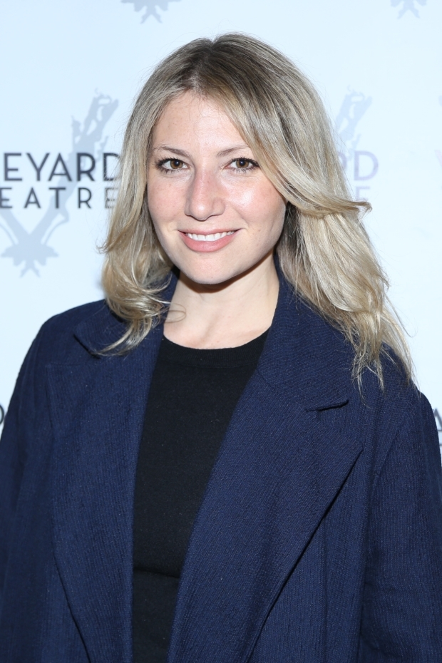 <p><em>The Soprano&#39&#x3B;s</em> star Ari Graynor walked the red carpet.</p><br />(© Tricia Baron)