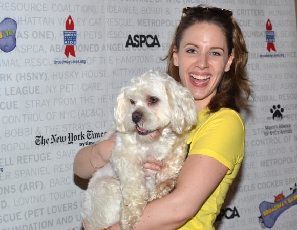 <p><em>Beautiful</em>&#39&#x3B;s Jessie Mueller can&#39&#x3B;t believe how adorable this puppy is.</p><br />(© David Gordon)
