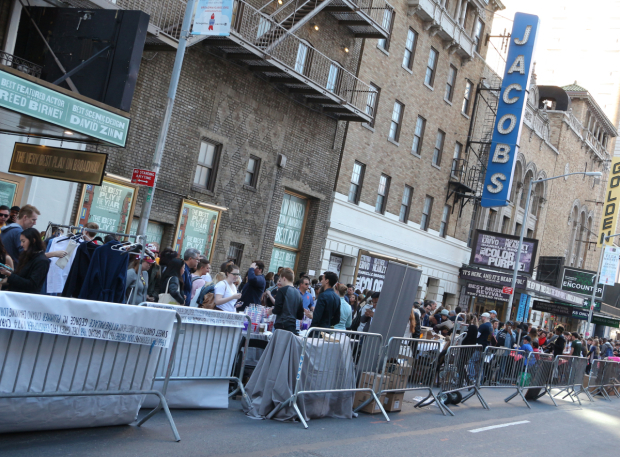 <p>This year, the Broadway Flea Market also took over 45th Street.</p><br />(© David Gordon)