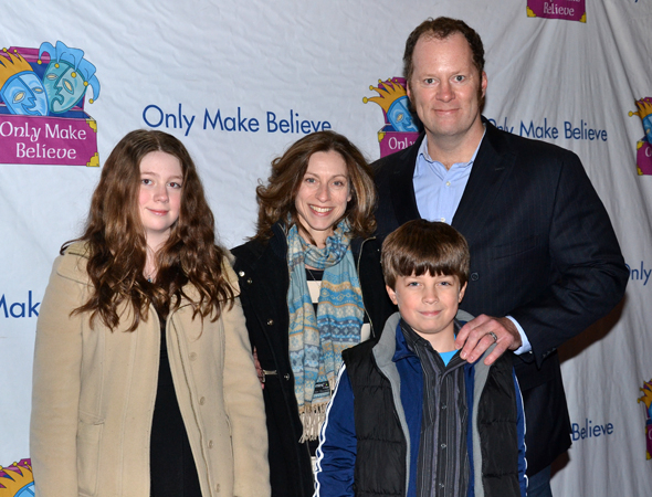 <p>Tony Award winner Shuler Hensley (right) shared the evening with his beautiful family.</p><br />(© David Gordon)
