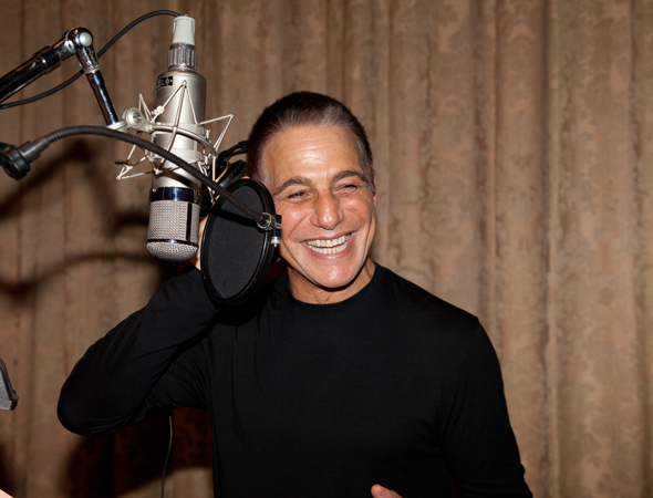 <p>Tony Danza&#39&#x3B;s probably gonna need another take.</p><br />(© Seth Walters)