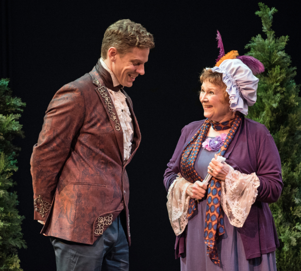 <p>Tony Roach as George Hastings and Cynthia Darlow as Mrs. Hardcastle in <em>She Stoops to Conquer</em>.</p><br />© Marielle Solan