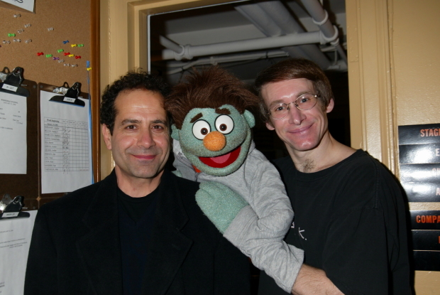 <p>Tony Shalhoub gets close with Nicky and Rick Lyon.</p><br />(© Joseph Marzullo)
