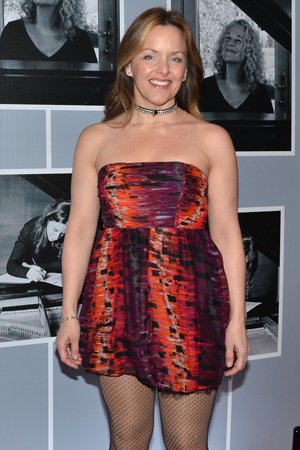 <p>Tony winner Alice Ripley doesn&#39&#x3B;t let the chilly weather stop her from showing off her opening-night dress.</p><br />(© David Gordon)