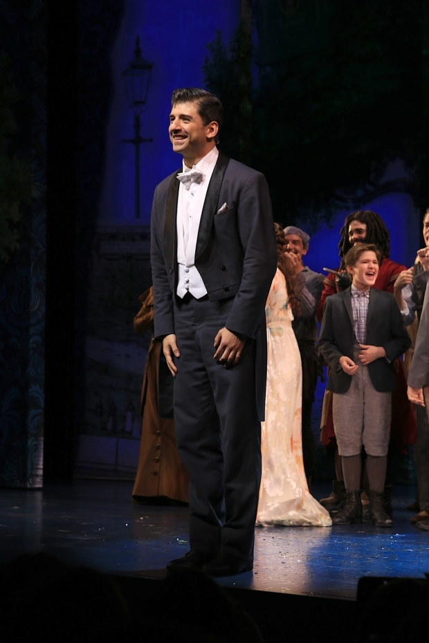<p>Tony Yazbeck takes his final bow as J.M. Barrie in <em>Finding Neverland</em>.</p><br />(© Tricia Baron)