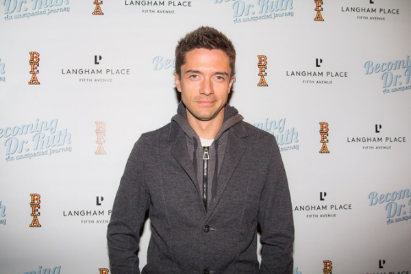 <p>Topher Grace is on hand to support Debra Jo Rupp, his <em>That &#39&#x3B;70s Show</em> mom.</p><br />(© Seth Walters)