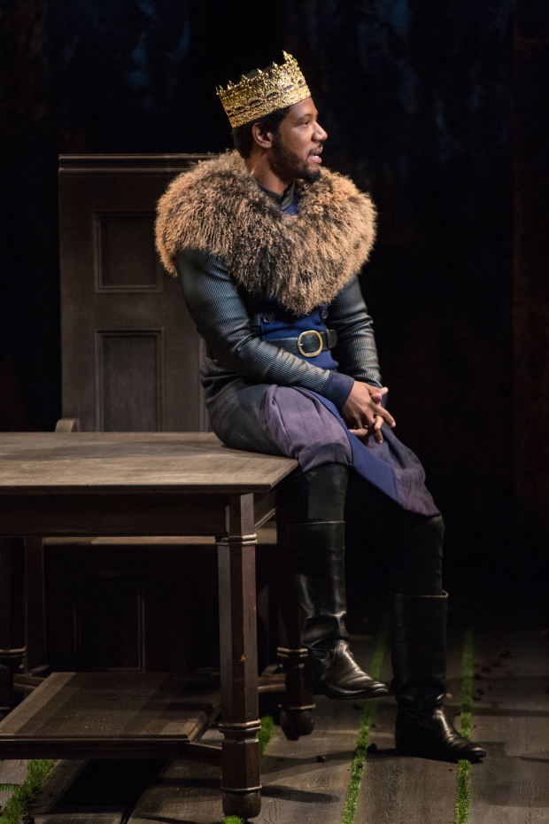 <p>Tory Kittles stars as Henry Bolingbroke.</p><br />(© Jim Cox)