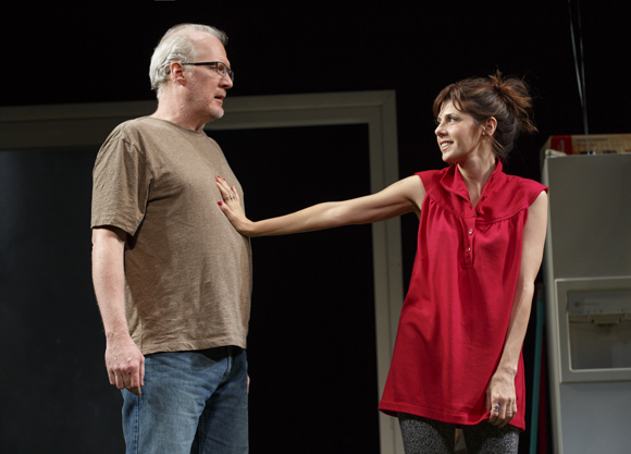 <p>Tracy Letts and Marisa Tomei take the stage.</p><br />(© Joan Marcus)
