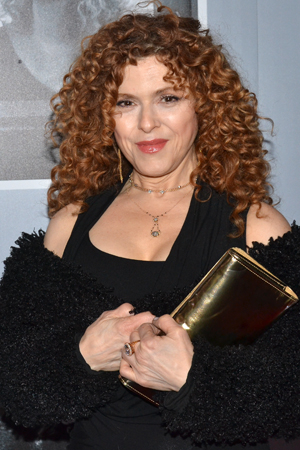 <p>Two-time Tony winner Bernadette Peters smiles for the cameras on her way into the Stephen Sondheim Theatre.</p><br />(© David Gordon)