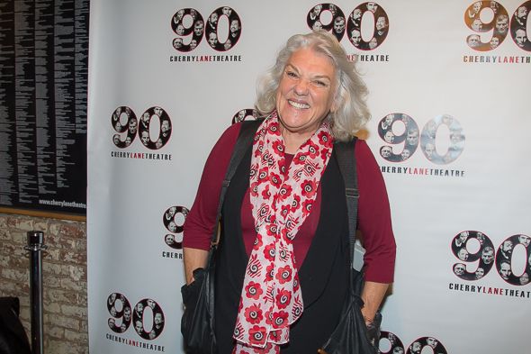 <p>Tyne Daly sports her signature portable pockets.</p><br />(© Seth Walters)