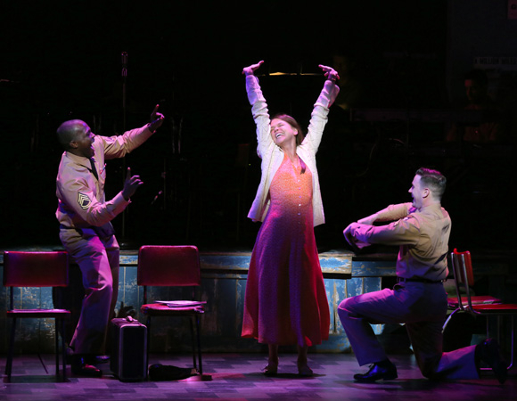 <p>Violet (Sutton Foster), Monty (Colin Donnell), and Flick (Joshua Henry) decide to travel together until they reach Violet&#39&#x3B;s destination.</p><br />(© Joan Marcus)