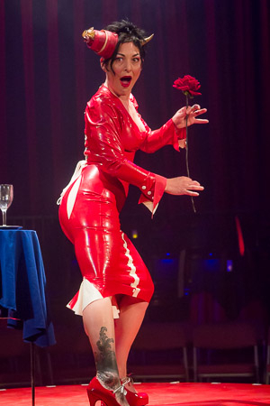 <p>What is Miss Behave going to do with that flower?</p><br />(© Seth Walters)