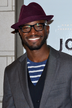 <p>With his wife getting ready to return to the stage in <em>If/Then</em>, actor Taye Diggs goes stag on opening night.</p><br />(© David Gordon)