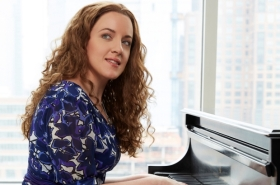 Beautiful: The Carole King Musical Arrives at Broadway in Chicago