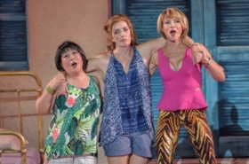 Julia Murney and Justin Guarini Star in Mamma Mia!