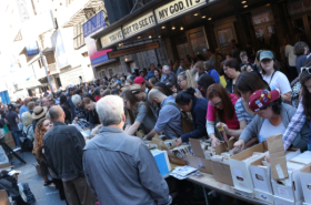 On the Scene at the 2016 Broadway Flea Market