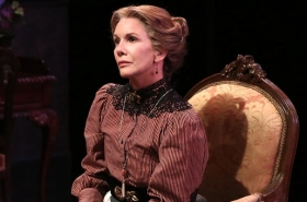 First Look at Melissa Gilbert in If Only