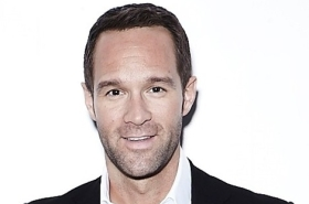 Chris Diamantopoulos to Star Opposite Sara Bareilles in Waitress