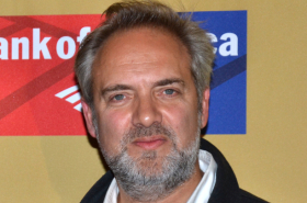 Sam Mendes in Talks to Direct Disney's Live-Action James and the Giant Peach