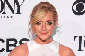Jane Krakowski and Chris Diamantopoulos Join Fox's A Christmas Story Live!