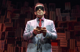 First Look at Close-Up Magician Helder Guimarães in Verso
