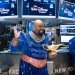 Aladdin's James Monroe Iglehart Rings the Opening Bell at the NYSE