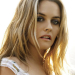 4 Questions With Theatrical Kind Mama Alicia Silverstone