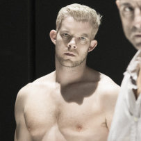 "Final Bow: Russell Tovey's ""Grownup"" Experience in <em>A View From the Bridge</em>"