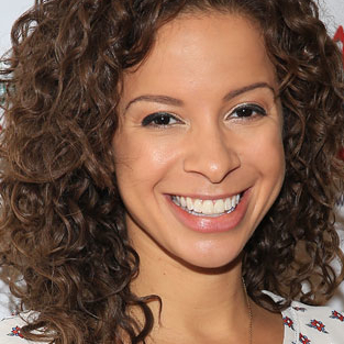 Lexi Lawson, Bebe Neuwirth, and More Announced for the Broadway Flea Market