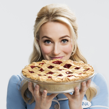 Betsy Wolfe Sets <em>Waitress</em> Departure Date