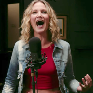 Jennifer Nettles Defies Gravity in New Wicked Music Video