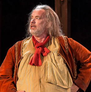 Tom Hanks Ad-libs His Way Through an Audience Emergency While Playing Falstaff