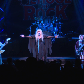 "Stevie Nicks Jams on ""Rhiannon"" With the <em>School of Rock</em> Band"
