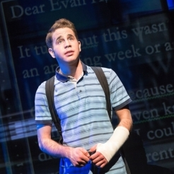 <em>Dear Evan Hansen</em> Announces Broadway Transfer