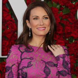 Final Bow: Laura Benanti Steps Out of Steve Martin's <em>Meteor Shower</em>