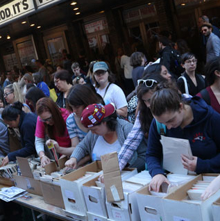 Early Bidding Now Open for 32nd Annual Broadway Flea Market & Grand Auction Items