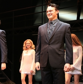<em>Jersey Boys</em> Says Farewell to Broadway